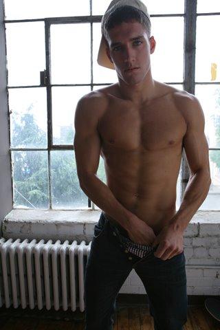 Tyler Kenyon Vman